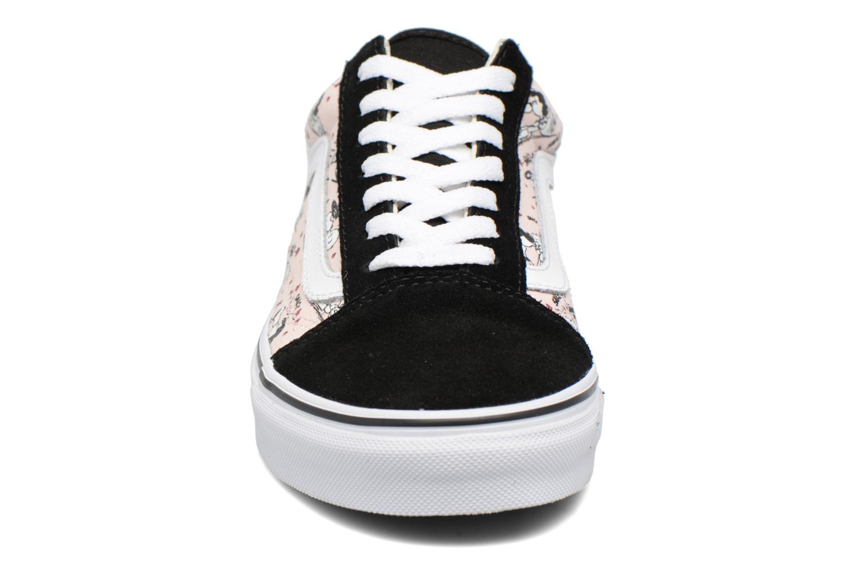 Baskets Vans Old Skool W x Peanuts Rose vue portées chaussures