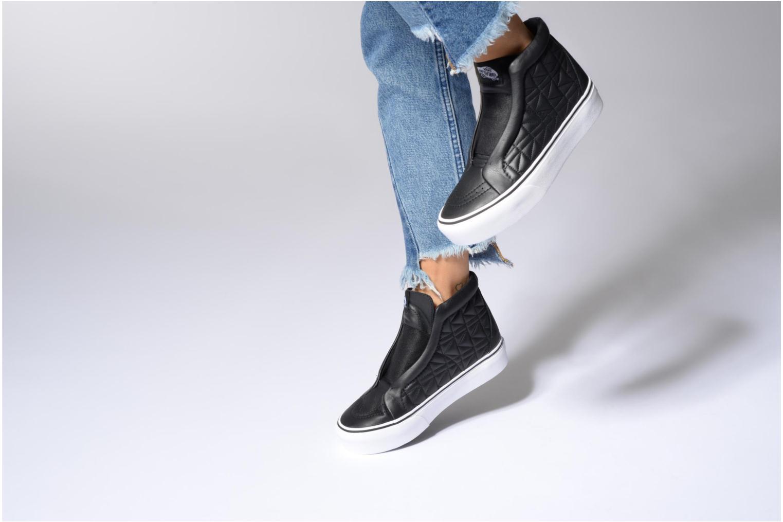 Baskets Vans Old Skool Laceless Platform x Karl Lagerfeld Noir vue bas / vue portée sac