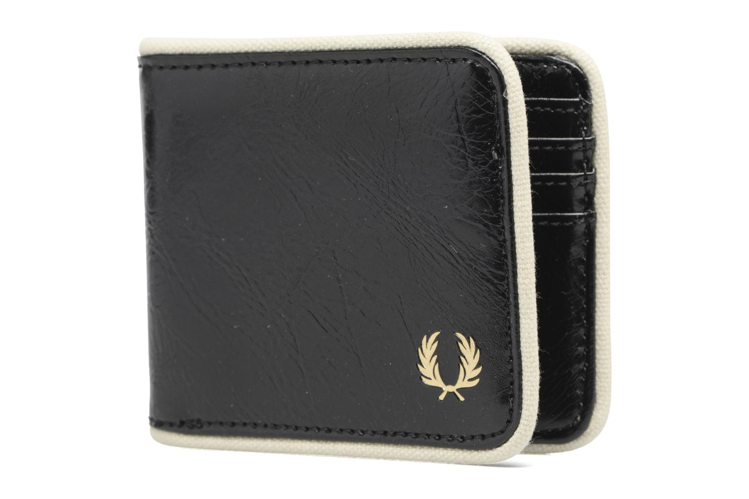 Petite Maroquinerie Fred Perry Classic Billfold Wallet Noir vue portées chaussures