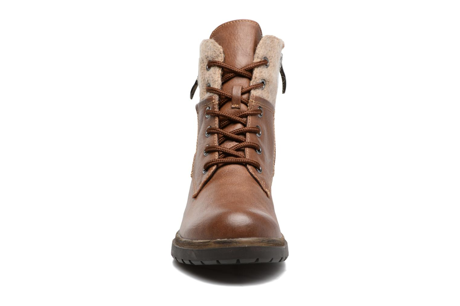 Ankle boots Tamaris Elessar Brown model view