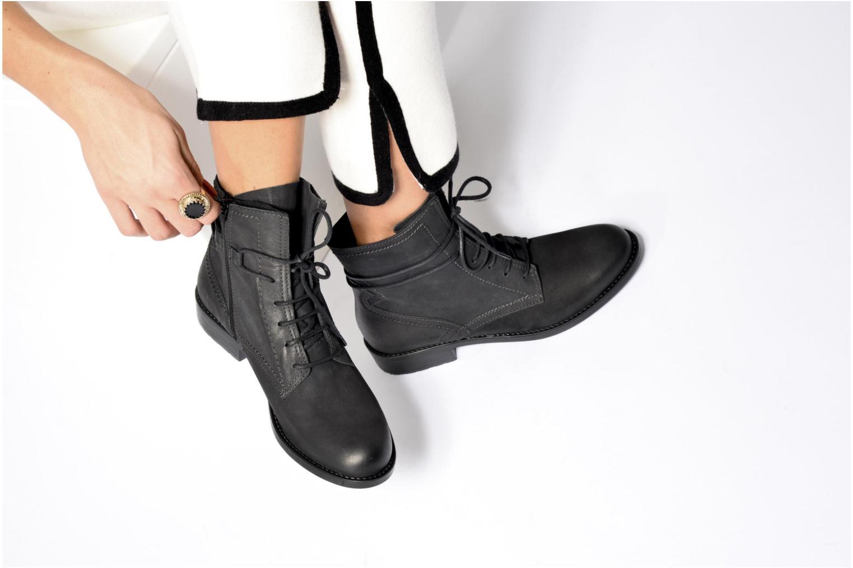 Bottines et boots Tamaris Elerina Noir vue bas / vue portée sac