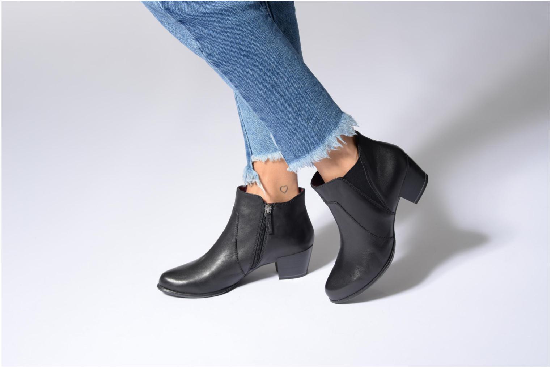 Bottines et boots Tamaris Agnas Noir vue bas / vue portée sac