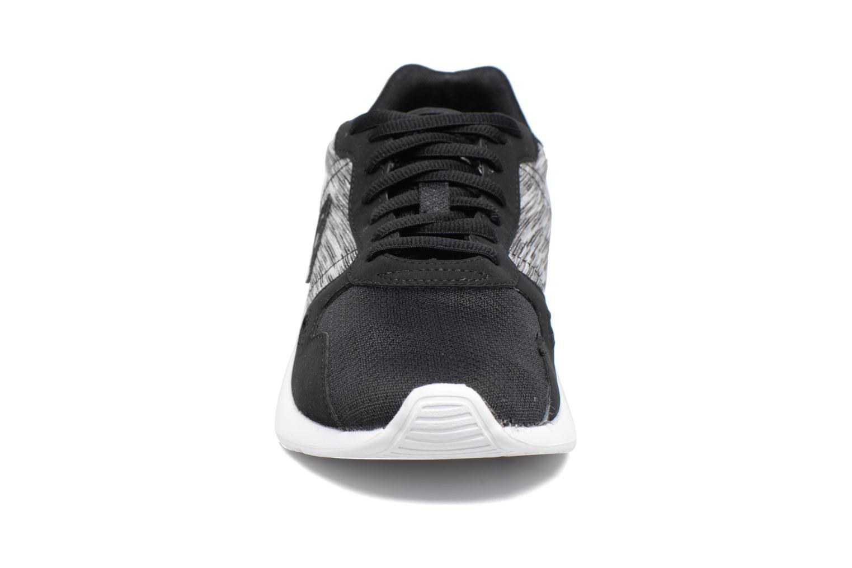 Baskets Le Coq Sportif LCS R600 Jacquart Noir vue portées chaussures