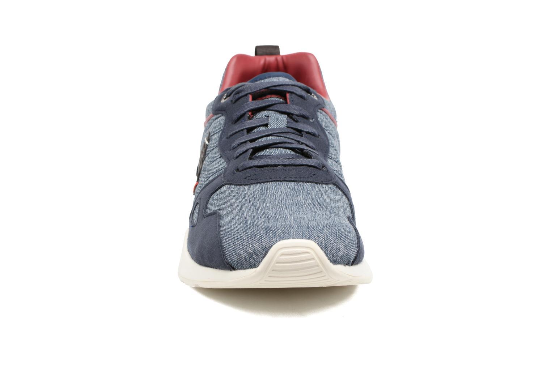 Baskets Le Coq Sportif LCS R600 Bleu vue portées chaussures