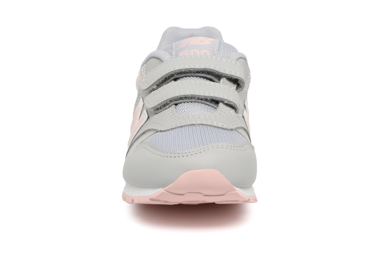 Sneaker New Balance KV500 I grau schuhe getragen