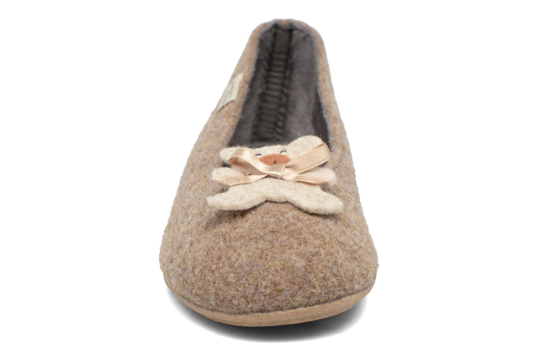 Chaussons La maison de l'espadrille Louna Beige vue portées chaussures
