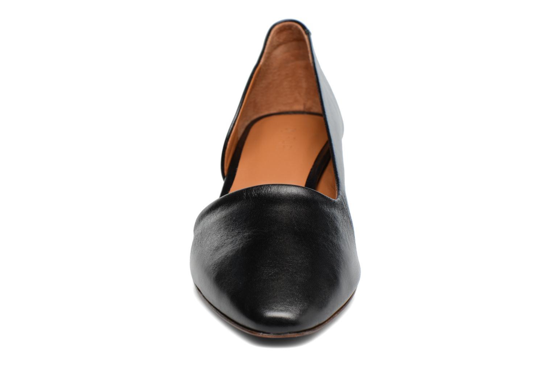 Zapatos de tacón By Far Karla Negro vista del modelo