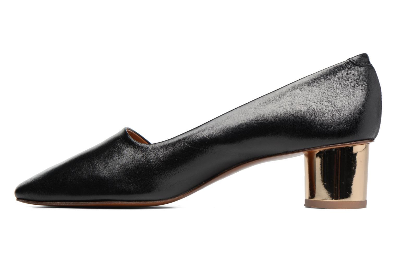 Karla Black leather