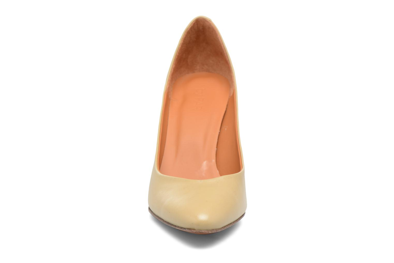 Niki Pump Cream Leather