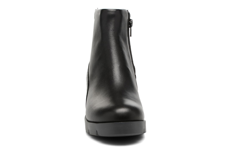 Bottines et boots Camper Wanda K400228 Noir vue portées chaussures