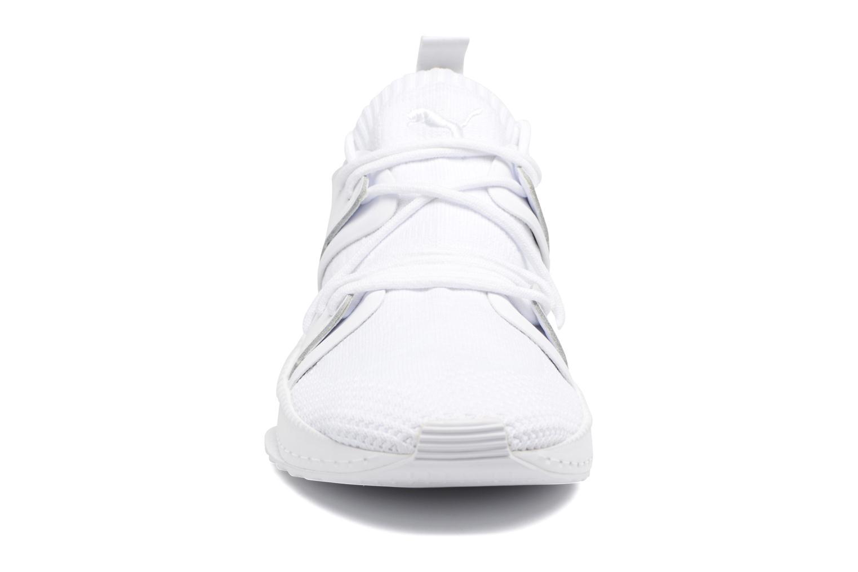 Baskets Puma Tsugi Blaze Evoknit Blanc vue portées chaussures