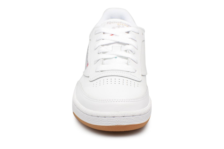 Baskets Reebok Club C85 W Blanc vue portées chaussures