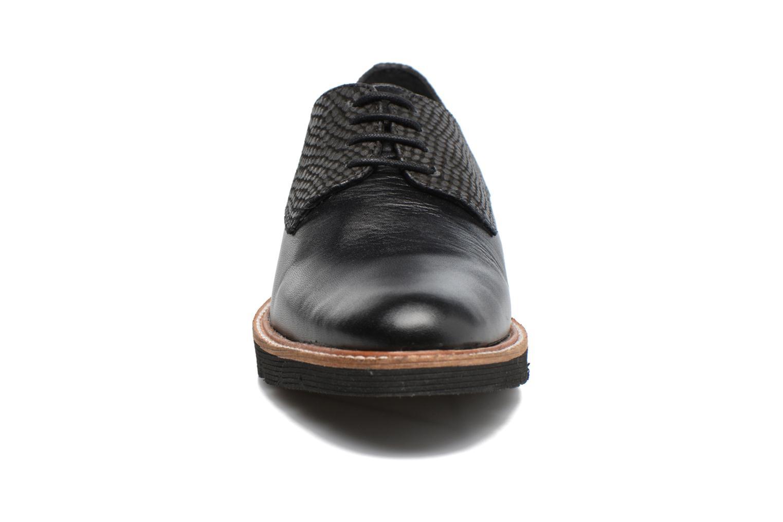 Chaussures à lacets Hush Puppies Saule Noir vue portées chaussures