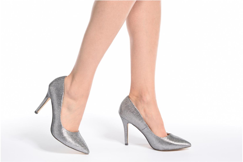 High heels Menbur Servier Silver view from underneath / model view