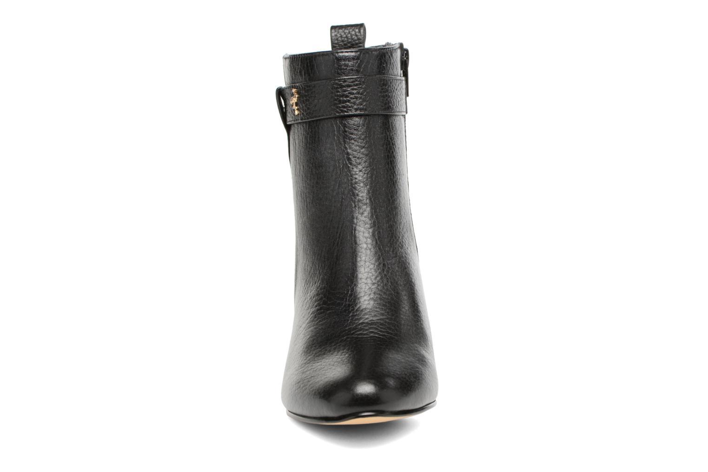 Ankle boots Menbur Almansora Black model view
