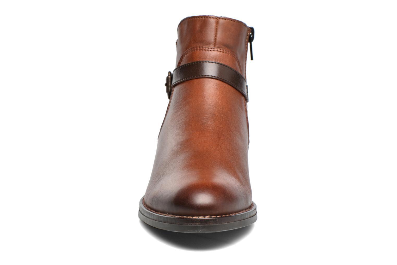 Bottines et boots Remonte Clélia D8573 Marron vue portées chaussures
