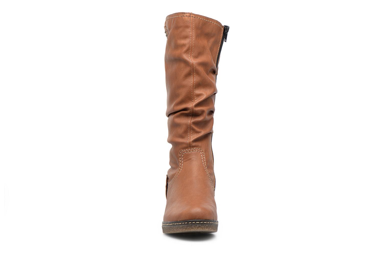 Bottes Rieker Margot 79084 Marron vue portées chaussures