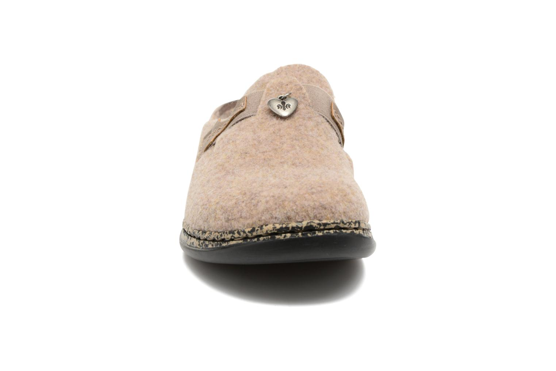 Chaussons Rieker Marg 46300 Beige vue portées chaussures