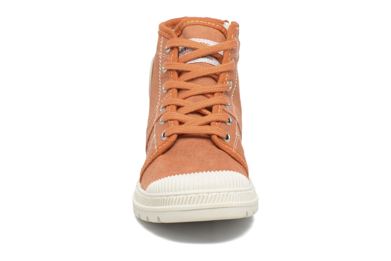 Baskets Pataugas AUTHEN/AUTHEN/T Orange vue portées chaussures