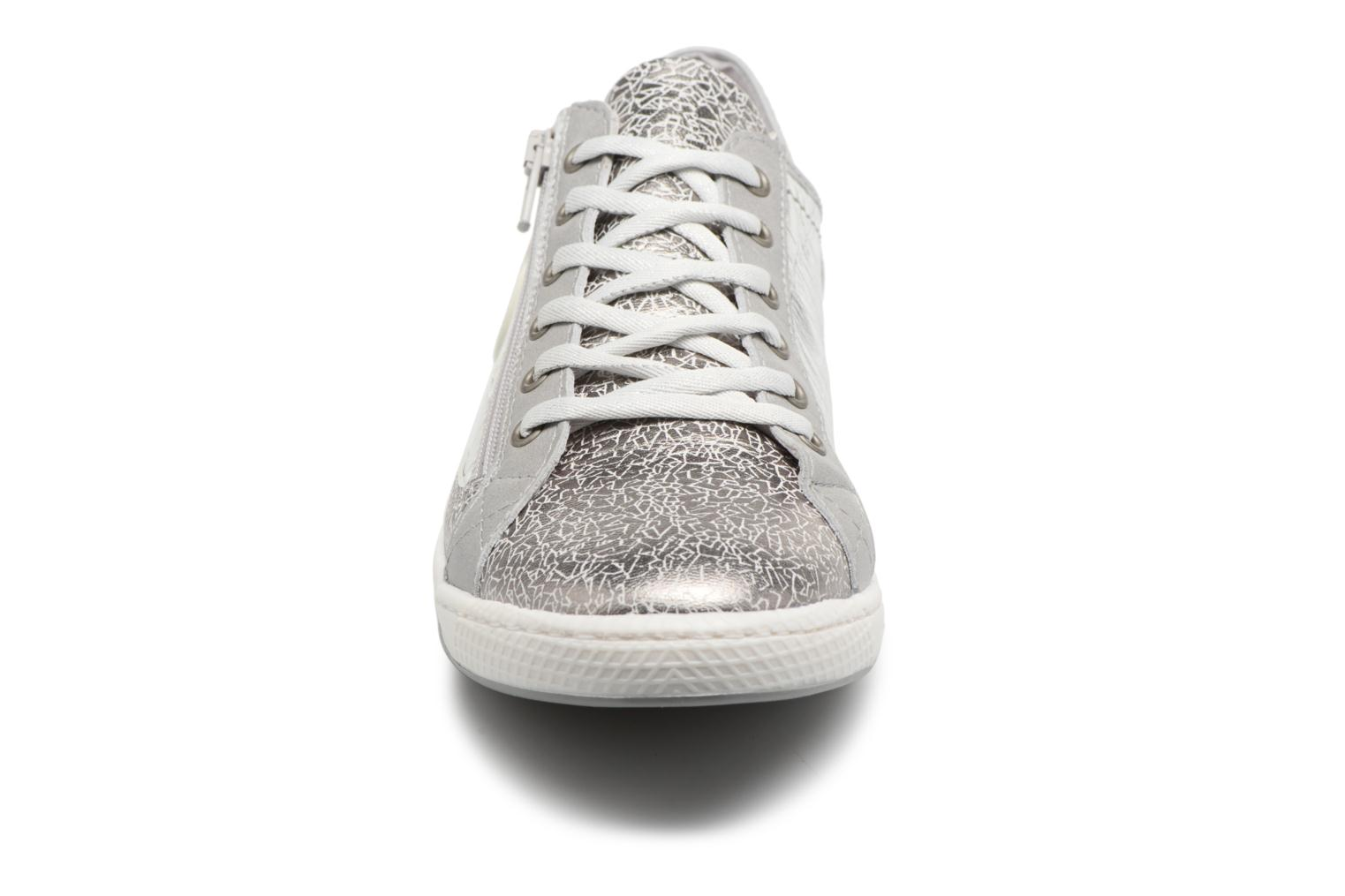 Trainers Pataugas JESTER M Silver model view