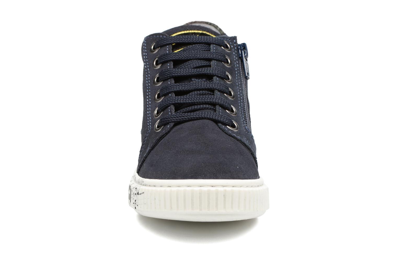 Sneaker Melania POLACCO LACCI blau schuhe getragen