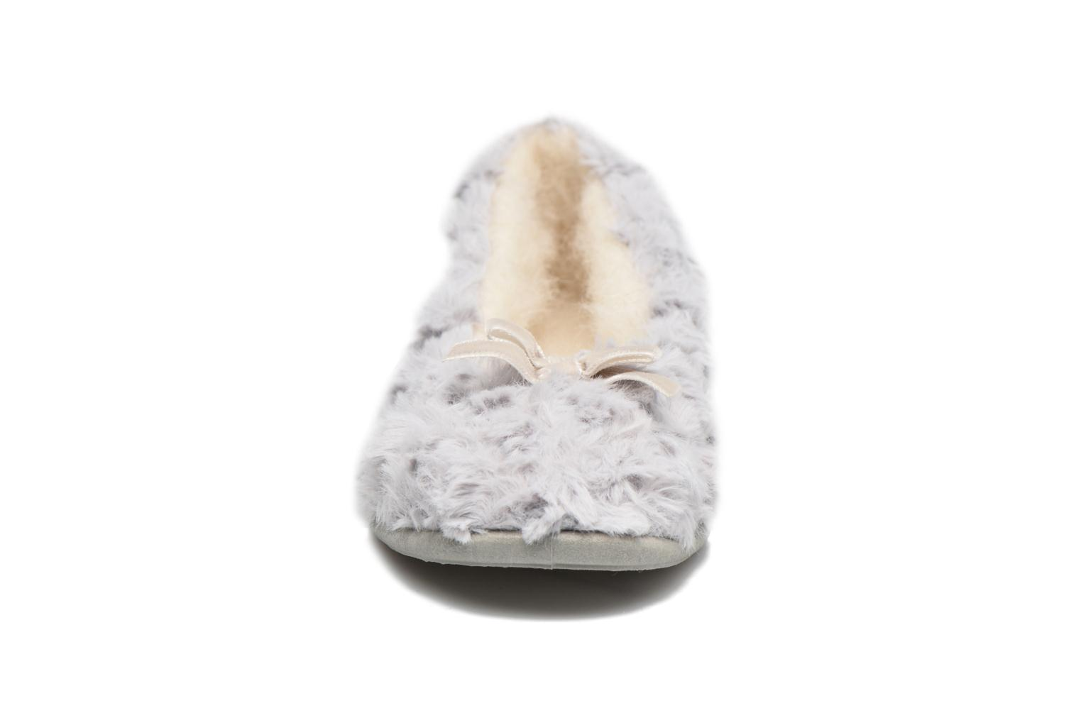 Slippers Rondinaud Amage Grey model view