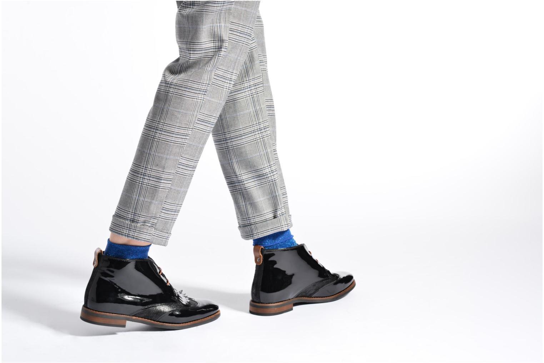 Chaussures à lacets Georgia Rose Nougat Noir vue bas / vue portée sac