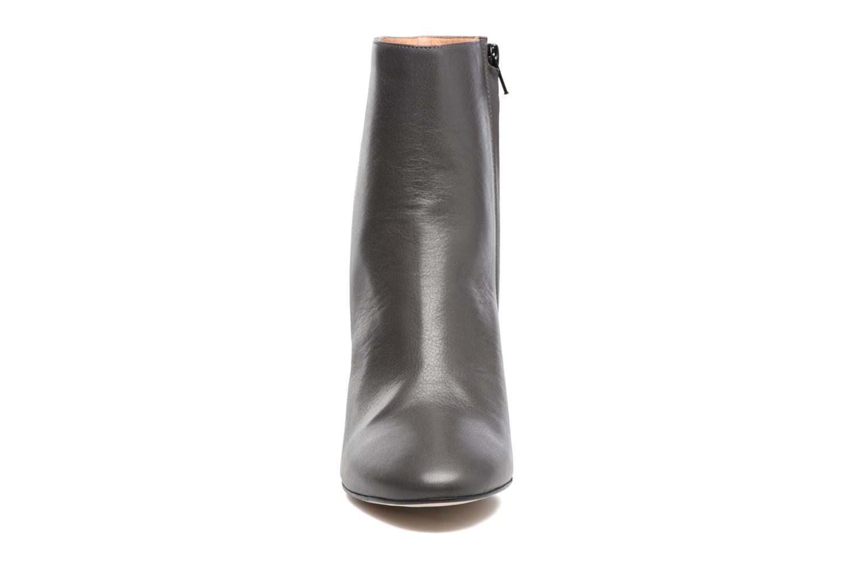 Bottines et boots Jonak 11700 Gris vue portées chaussures