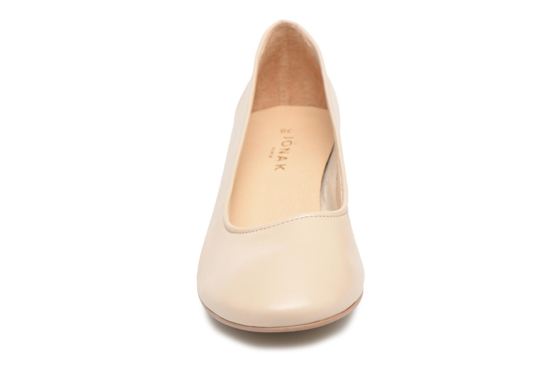 High heels Jonak Aura Beige model view