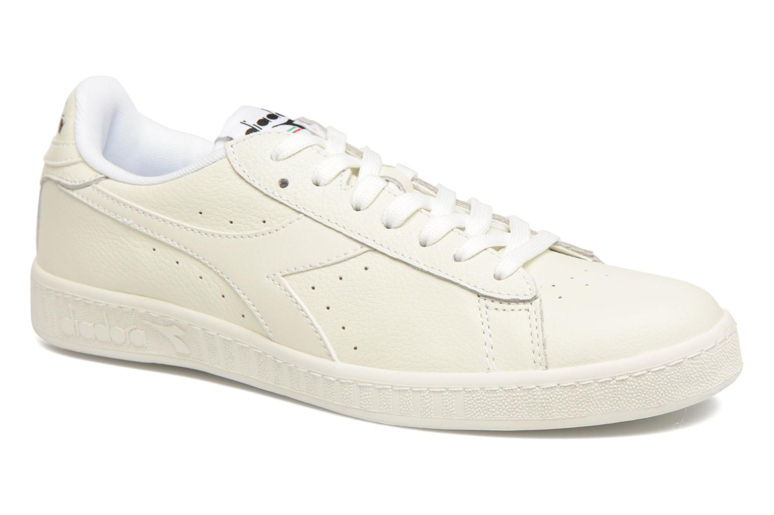 Baskets Diadora GAME L LOW Blanc vue détail/paire