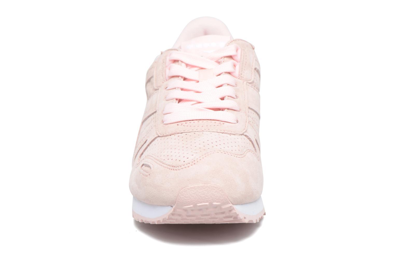 Baskets Diadora TITAN W PREMIER Rose vue portées chaussures