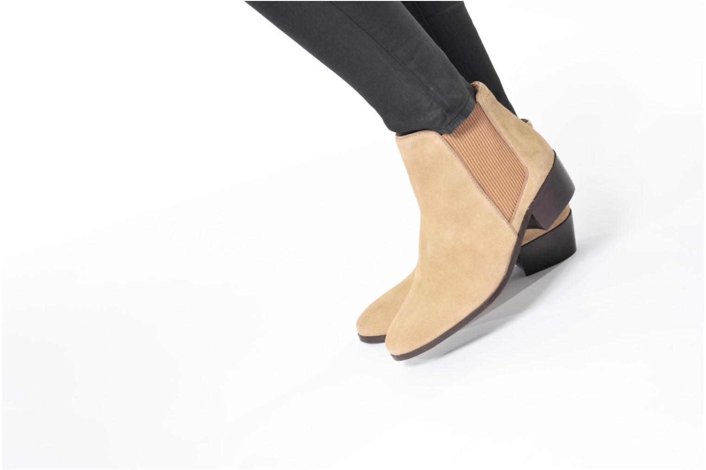 Bottines et boots Esprit YUE BOOTIE Noir vue bas / vue portée sac