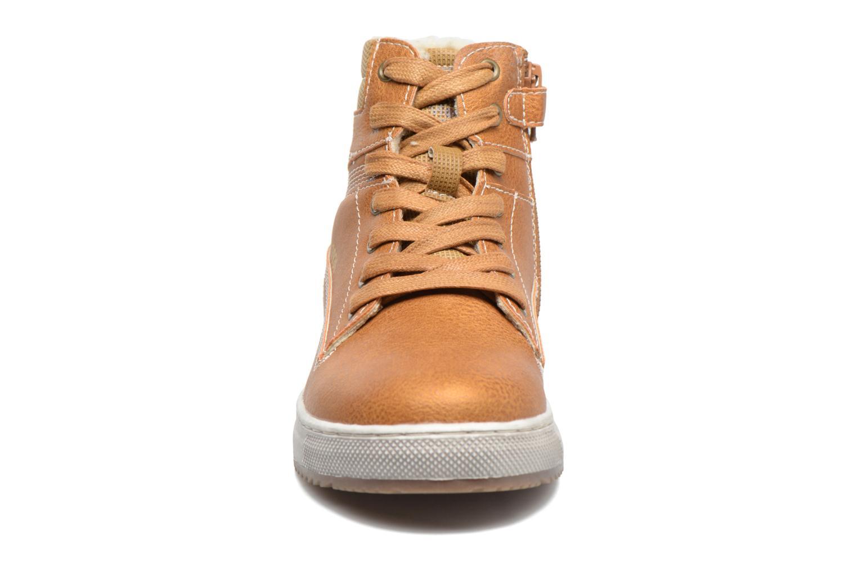Baskets Mod8 Hyep Marron vue portées chaussures