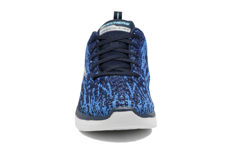 Chaussures de sport Skechers Synergy 2.0 High Spirits Bleu vue portées chaussures