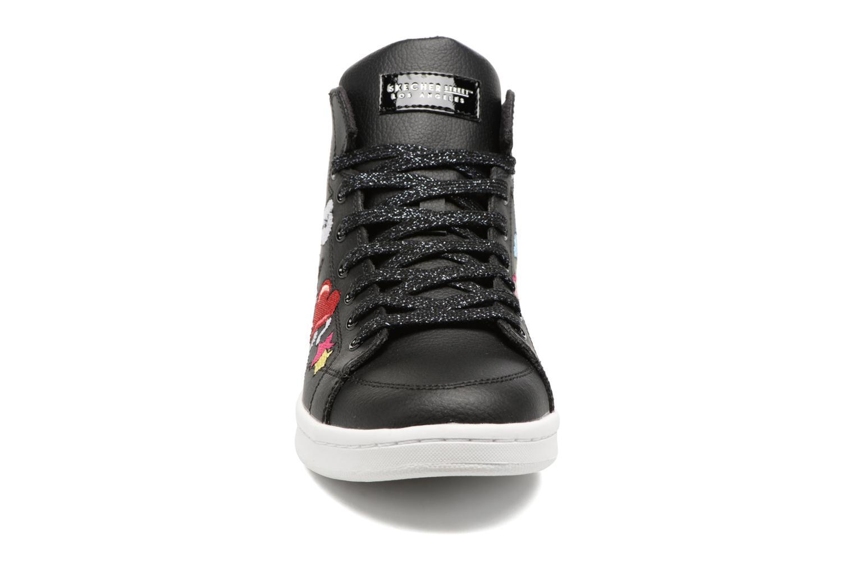 Baskets Skechers Omne So L.A. Noir vue portées chaussures