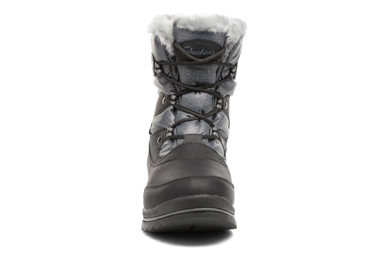 Scarpe sportive Skechers Colorado Castle Rock Nero modello indossato