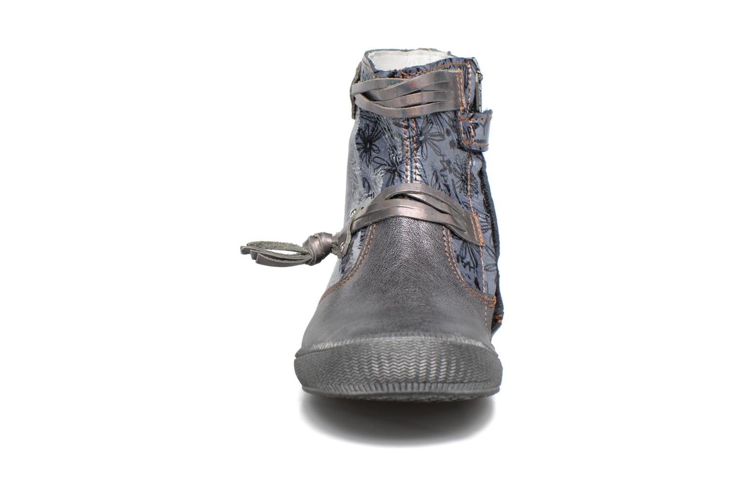 Ankle boots GBB Reva Grey model view