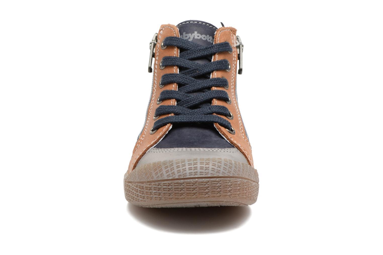 Baskets Babybotte Afolan Bleu vue portées chaussures