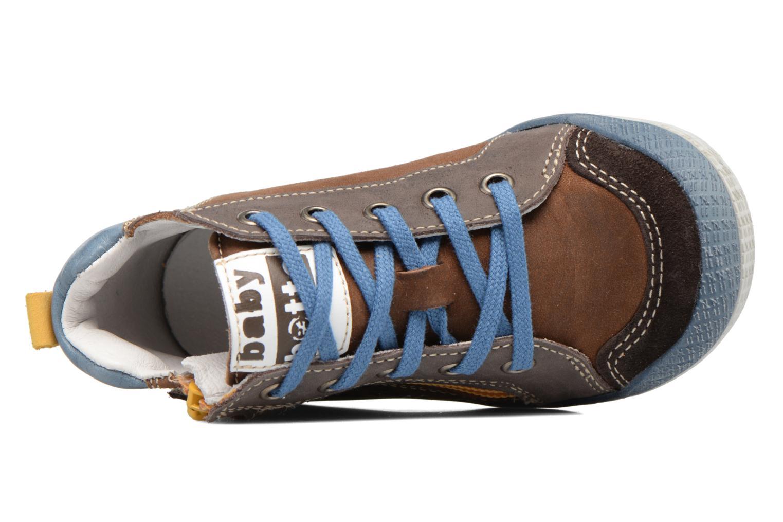 Sneakers Babybotte Akro Bruin links
