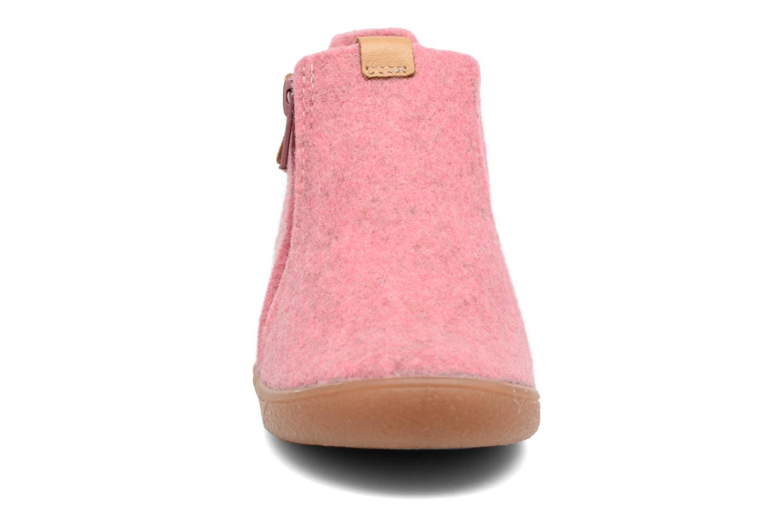 Chaussons Babybotte Marguerite Rose vue portées chaussures