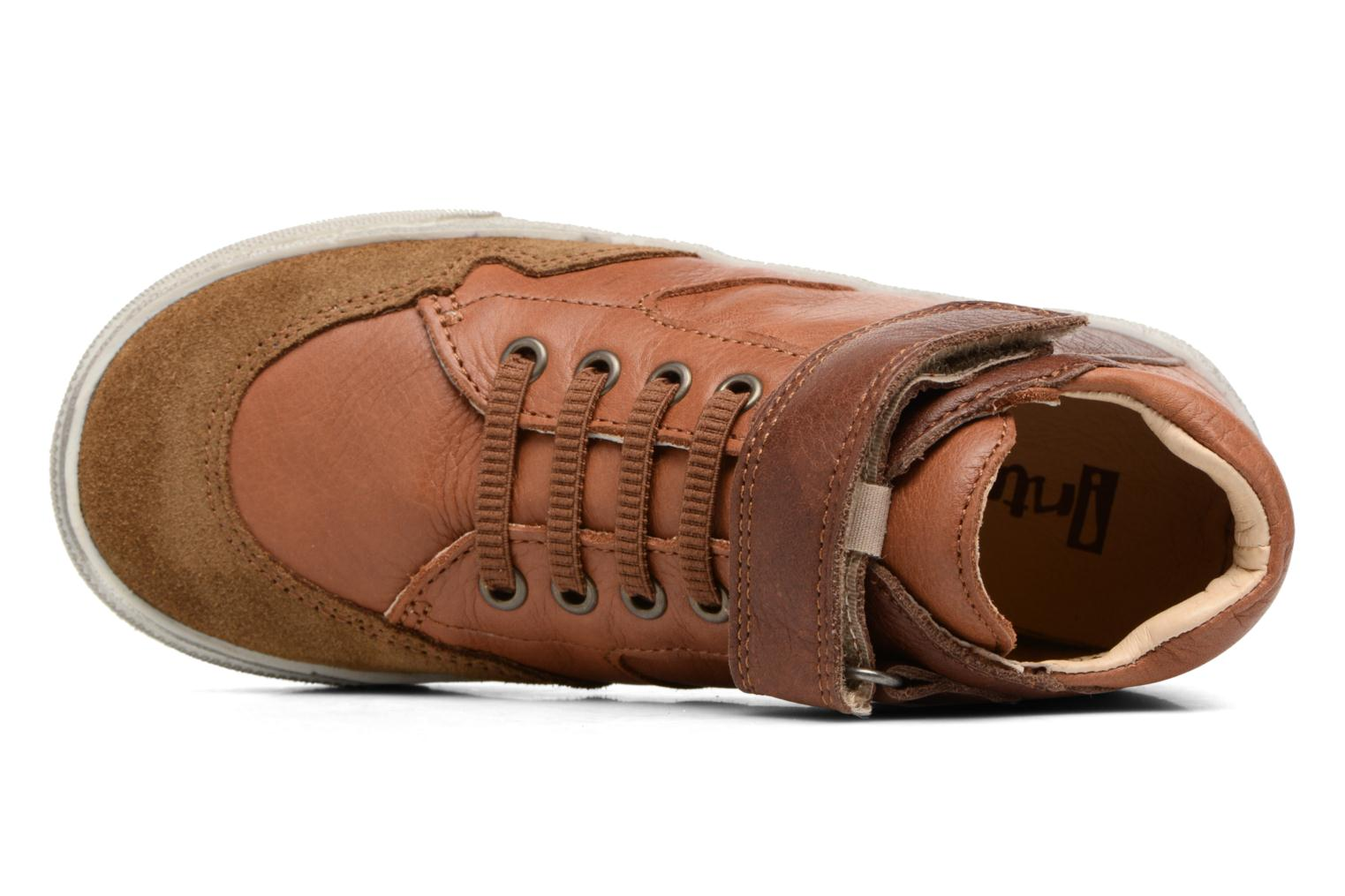 Trainers Babybotte Karamel Brown view from the left