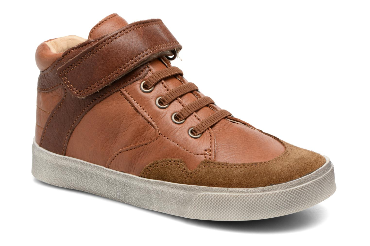Trainers Babybotte Karamel Brown detailed view/ Pair view
