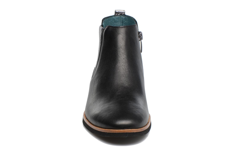 Bottines et boots Karston JIFOX Noir vue portées chaussures