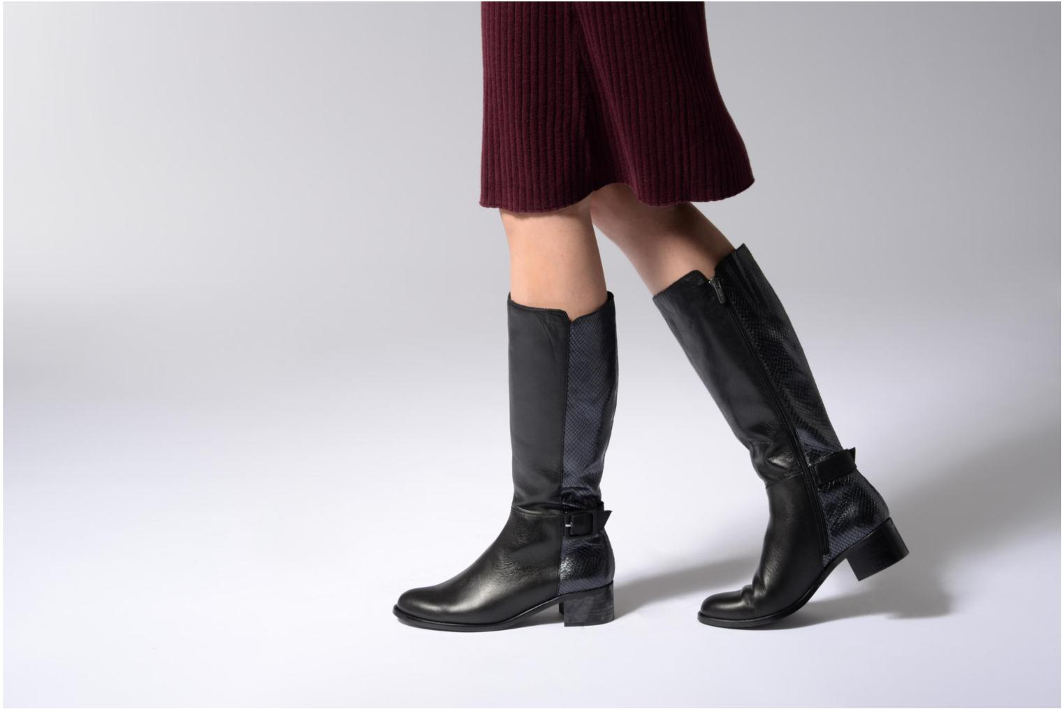 Boots & wellies Karston GLEVINA Black view from underneath / model view