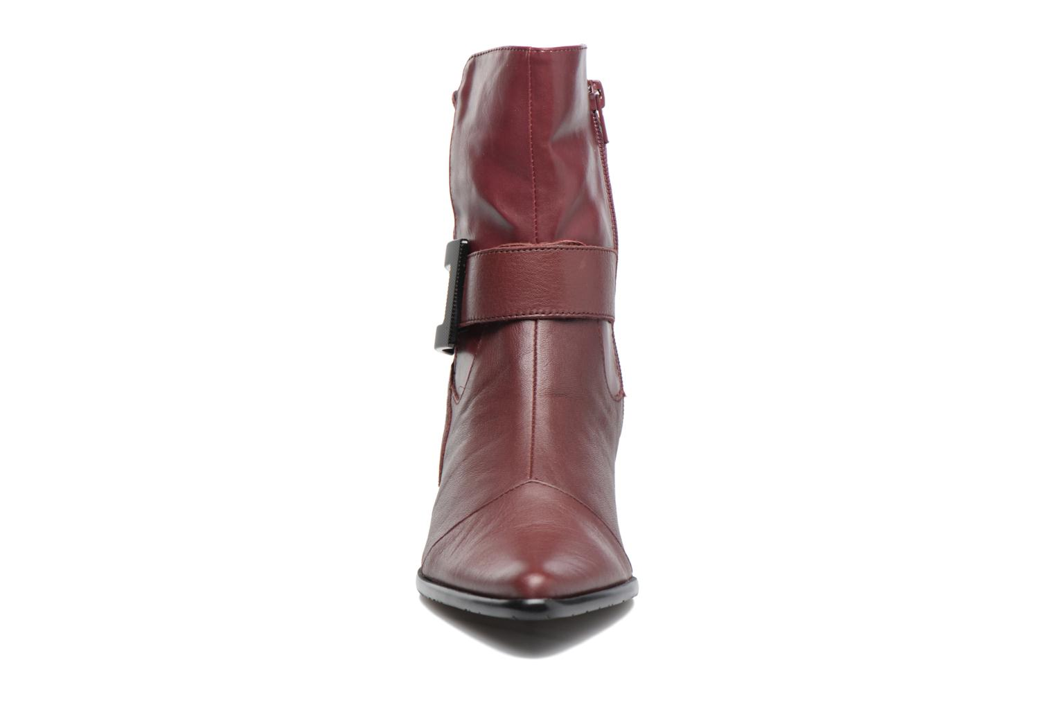 Ankle boots Madison AYDIVA Burgundy model view