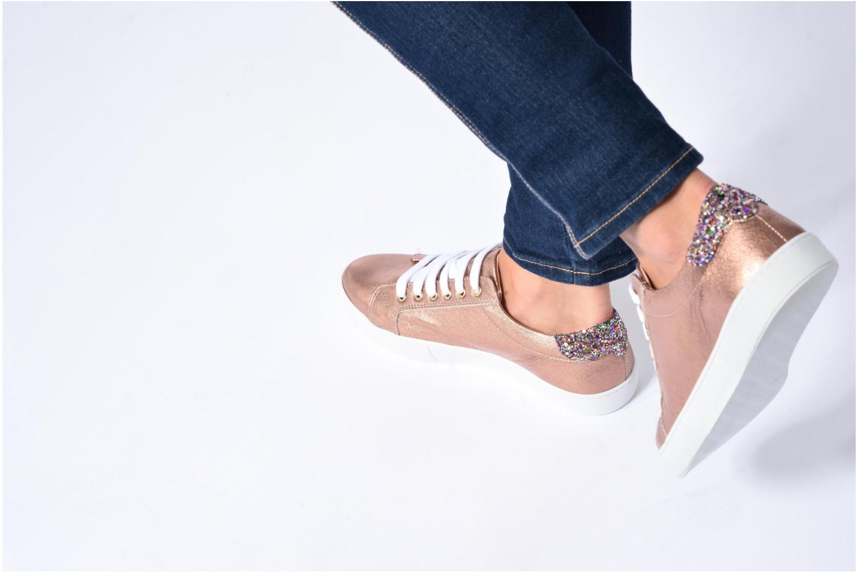 Sneaker Georgia Rose Saloon blau ansicht von unten / tasche getragen