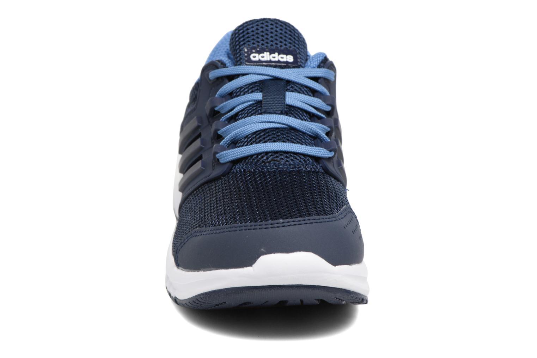 Scarpe sportive Adidas Performance Galaxy 4 K Azzurro modello indossato