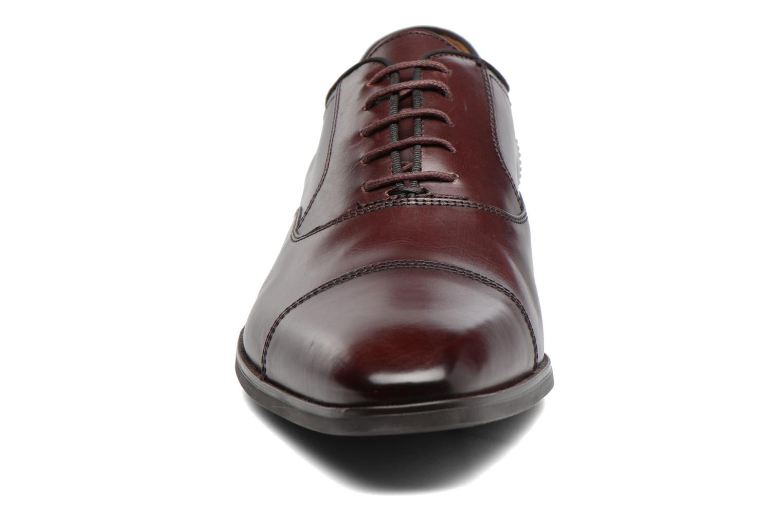 Chaussures à lacets Geox U New Life E U74P4E Bordeaux vue portées chaussures
