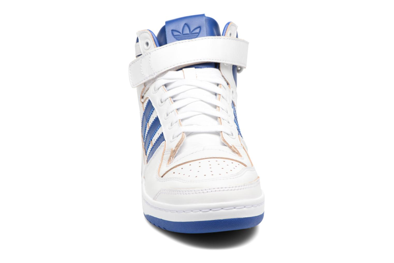 Trainers Adidas Originals Forum Mid (Wrap) White model view