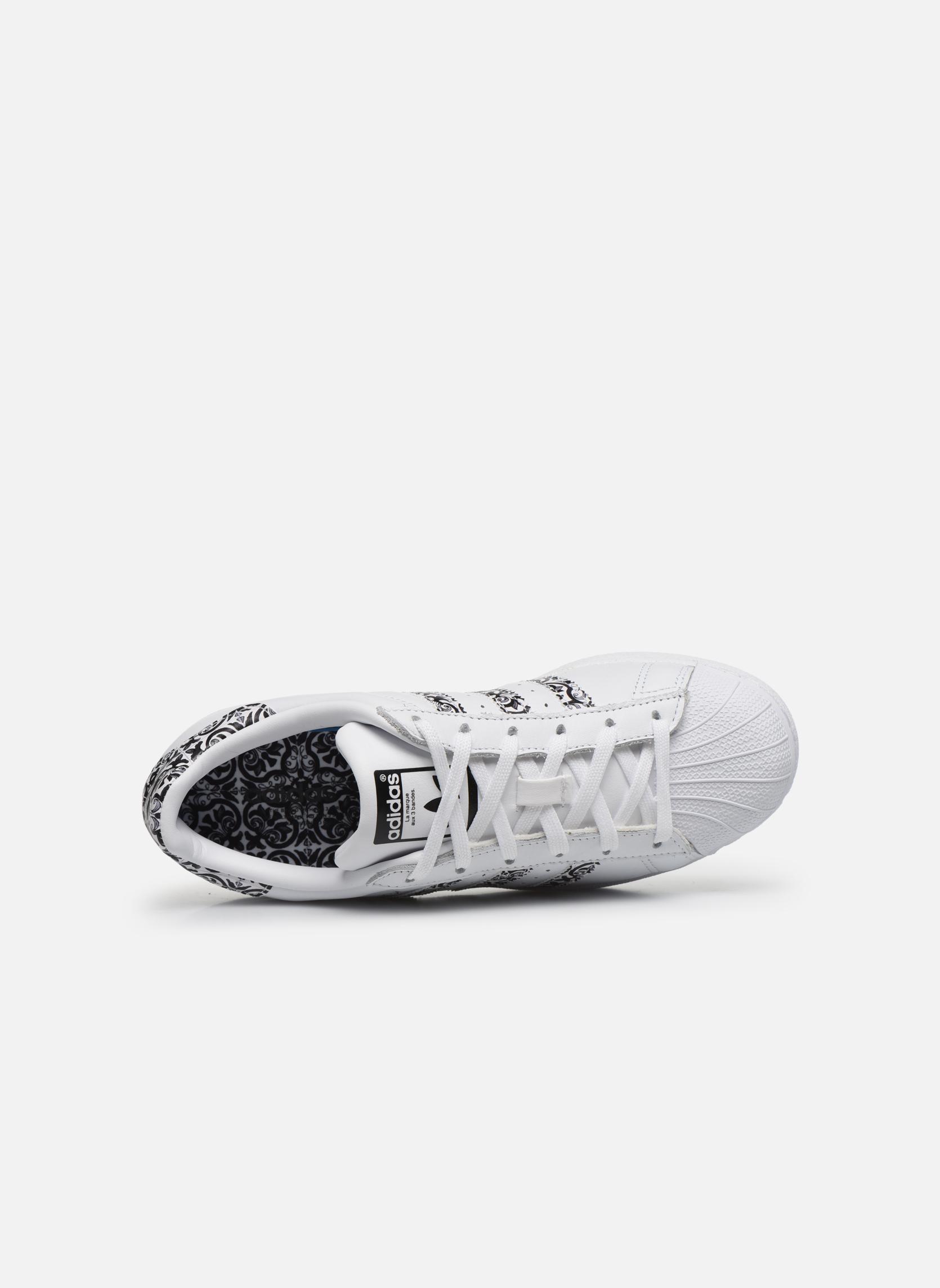 Baskets Adidas Originals Superstar W2 Blanc vue gauche